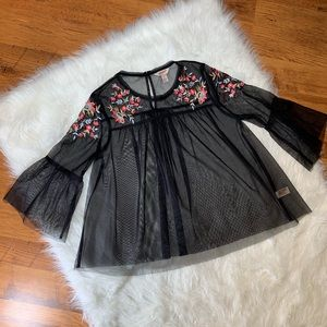 Arizona Jean Co. Sheer Black Floral Shirt!! Medium